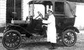 Don Eudocio y los primeros taxis en la Arequipa de antaño