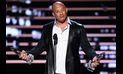 En los People's Choice Awards Vin Diesel cantó a Paul Walker | VIDEO