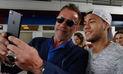 Arnold Schwarzenegger sorprendió al plantel del Barcelona durante entrenamiento   FOTOS