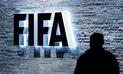 FIFA suspende de por vida a tres dirigentes por sobornos
