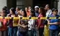 Multitud de venezolanos abarrota consulado de Chile por información sobre visa