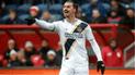 Zlatan Ibrahimovic recibió una multa por darle una bofetada a un rival [VIDEO]