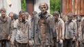 Facebook: recorre carretera y queda aterrado al ver 'zombie' de The Walking Dead [VIDEO]