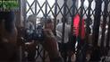 Facebook viral: Graba protesta desde una puerta y le ocurre lo inesperado [VIDEO]