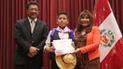 Premian a los mejores estudiantes con destreza en poesía loncca