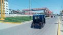 Policías rescatan a mujer que trató de lanzarse de puente peatonal en Piura