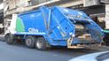 Joven de humilde familia fallece y usan camión de basura como carroza fúnebre [VIDEO]
