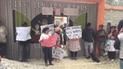 Huancayo: padres de familia protestan contra auxiliar con un plantón en jardín