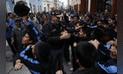 Daniel Urresti saluda a sus simpatizantes en el Centro de Lima [FOTOS]