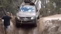 YouTube viral: conductor se las ingenia bajar una pendiente de 90° y miles quedan impresionados