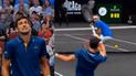 Djokovic cometió gracioso 'blooper' y perjudicó a Roger Federer [VIDEO]
