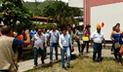 César Combina emite su voto en San Ramón y ahora retorna a Huancayo