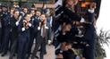 Facebook: novio entra de manera insólita al altar y sorprende a miles en las redes [VIDEO]