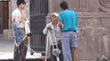 YouTube viral: finge ser un mendigo ciego y sus 'colegas' le roban su dinero [VIDEO]