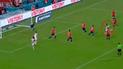 Perú vs Chile: Pedro Aquino se lució con un 'misil' para el 3-0 [VIDEO]