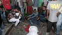 Pánico en la India: más de 50 muertos por tren que arrolló multitud [VIDEO]
