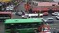 Cercado de Lima: madre con bebé en brazos fue atropellada por cruzar en rojo en avenida Abancay [VIDEO]