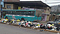 VMT: vecinos aseguran que basura no es recogida de la vía pública [FOTOS]