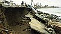Inician trabajos para contener olas tras destrucción de malecón en Huanchaco