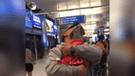 Facebook: perrita sorprende a su dueño en el aeropuerto y todos lloran al ver su reacción [VIDEO]