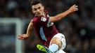 ¡Una volea para la historia! Jugador de Aston Villa sorprende con increíble gol