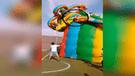 Niña cae de juego infantil en Chiclayo [VIDEO]