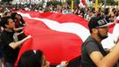 Así se desarrolló la marcha contra blindaje a Chávarry por las calles de Lima [FOTOS y VIDEOS]
