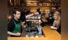 Venezolanos y abuelitos podrán trabajar en Starbucks Perú desde noviembre