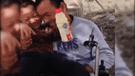 YouTube: niña cuida de su padre parapléjico porque su madre los abandonó [ VIDEO]