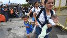 Caravana de migrantes: México se solidariza y abre su frontera a mujeres con bebés [FOTOS]