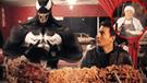 Facebook: esto sucede cuando 'Venom' llega a Lima y acude a comer a la 'Tía Veneno' [VIDEO]