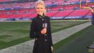 YouTube viral: insólita reacción de reportera tras recibir fuerte pelotazo en partido de fútbol americano [VIDEO]