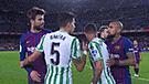 Piqué y Vidal causaron polémica por discusión tras derrota ante Betis [VIDEO]