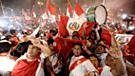 Selección peruana: Hinchas realizaron banderazo previo al encuentro con Ecuador [VIDEO]