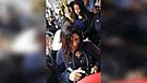Vía Facebook: mujer embarazada sube a bus y chica se niega a darle el asiento [VIDEO]