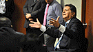Alan García hace desplante a periodista y no responde pregunta [VIDEO]