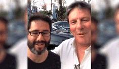 Rafael Rey hace las paces con miembro de mesa después de agredirlo [VIDEO]