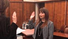 Haley Moss, la primera persona con autismo en ejercer la ley en Florida
