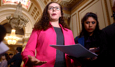 Rosa Bartra defiende archivamiento del proyecto sobre la inmunidad parlamentaria