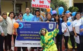 Pacientes celebran Día Internacional de la Diabetes con caminata multicolor