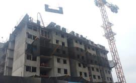 #YoDenuncio: construcción de edificio atenta contra seguridad de transeúntes