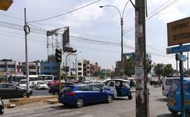 Los Olivos: accidentes de tránsito y caos vehicular es generado por fallas en los semáforos