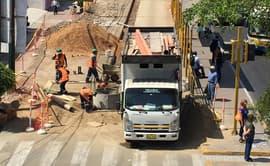 Obras de reparación de pistas crean congestión vehicular