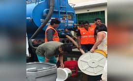Apoyan a damnificados por aniego con 55 mil galones de agua potable
