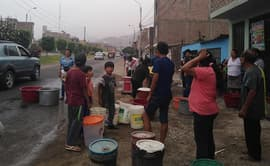 Aniego SJL: vecinos padecen en su quinto día sin agua potable [FOTOS]