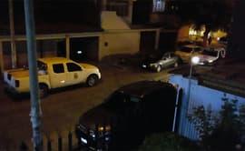 Chiclayo: autos estacionados crean congestión vehicular