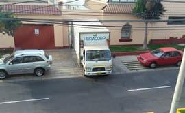 #YoDenuncio: vehículos estacionados en vía peatonal de Miraflores