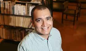 """Luiz Carlos Reátegui: """"Parece que los congresistas le tienen miedo a la Literatura"""""""