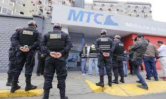 Alerta de bomba en Ministerio de Transportes y Comunicaciones [FOTOS]