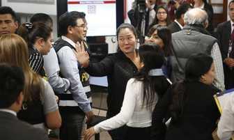 PJ deja en libertad a Keiko Fujimori y otros 19 con detención preliminar [FOTOS]